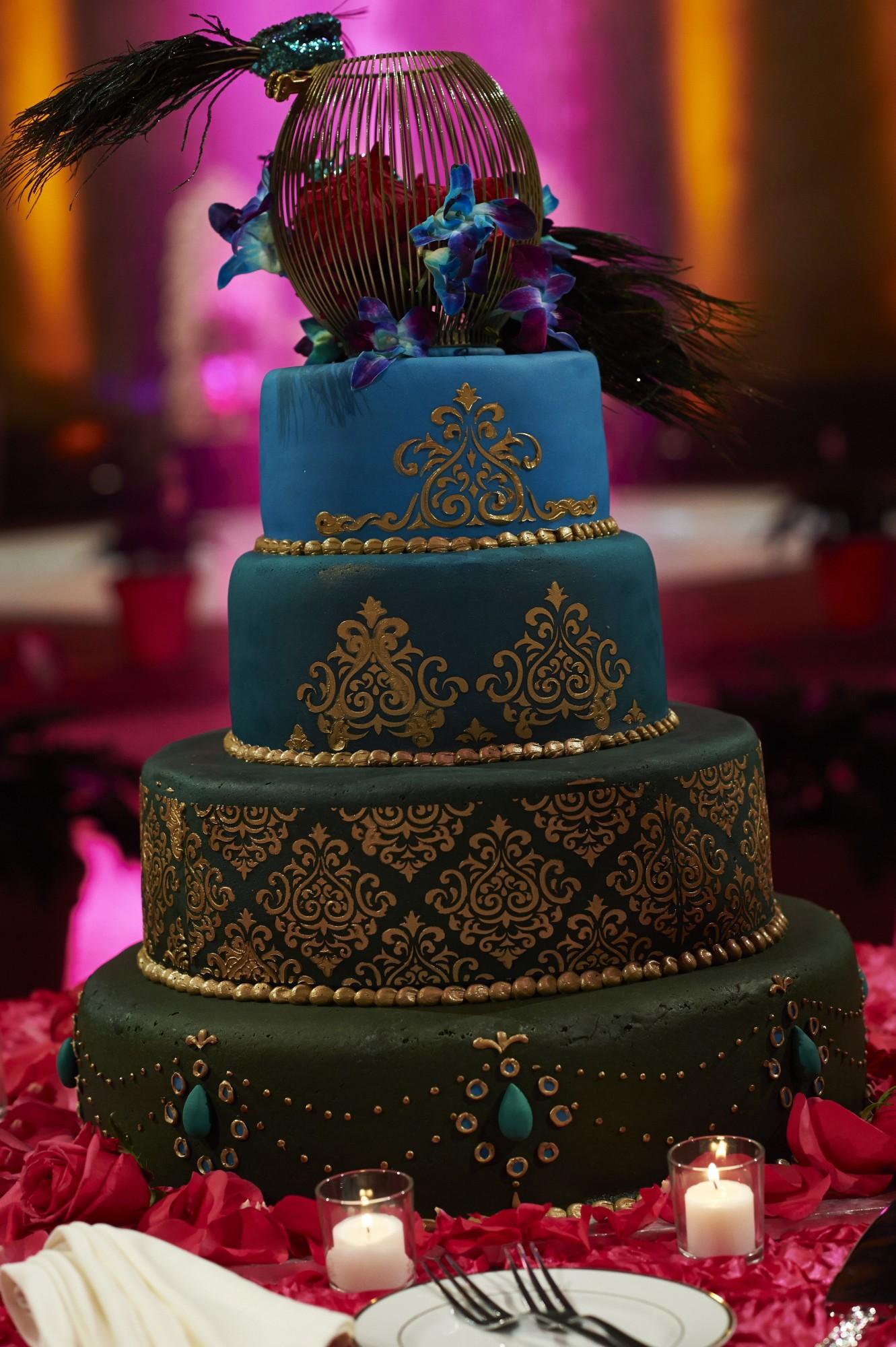 Peacock Wedding Cake.Peacock Wedding Cake Indaroma